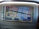 トヨタ純正DVDナビを装着!CD/ラジオ/AUX入力に対応しております。