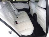 リヤシートはISO FIX対応でチャイルドシートの脱着も簡単