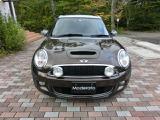 平成21年登録、しっかりメンテナンスされてきたお車ですのでエンジン、ミッション共にコンディションの良いお車です。