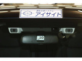 EyeSight(Ver.3)搭載!自動(被害軽減)ブレーキや追従機能、車線逸脱制御やはみ出し警報などで運転をサポートします!