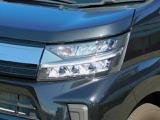 夜道を明るく照らし、ドライバーの負担を軽減する「LEDヘッドライト」!ハイビームアシストも!