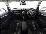 この度はMINI正規ディーラー アルコンの認定中古車をご覧いただき、誠にありがとうございます。