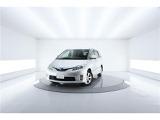 トヨタ エスティマハイブリッド 2.4 G レザーパッケージ 4WD