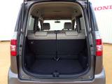 ◆定員乗車時のカーゴルームです。普段のお買い物の荷物や沢山の収納が可能です。