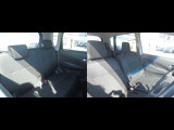運転席・助手席・後部座席は肉厚な座り心地の良いシートです。