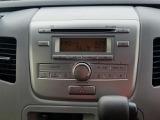 CDステレオが付いています。 カーナビやドライブレコーダーなどの事もおまかせ!
