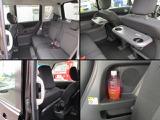 リヤシートは解放感ある快適空間!【ドリンクホルダー】・【パーソナルテーブル】など装備も充実。
