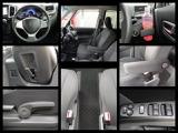 フロントシートは【センターウォークスルー】で、後席との移動ラクラク。充実収納や機能で快適ドライブ!