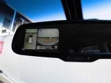 ◆アラウンドビュモニター◆4つのカメラで真上からクルマを見たようにモニターで確認ができる日産自慢の装備です。周囲の安全確認、小さなお子様や障害物も目視で確認できるので駐車のしやすさだけでなく事故防止に