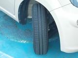 タイヤの溝はまだ残っているので安心して走行できます。