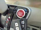 指一本で、簡単エンジン始動が可能な、プッシュスタートエンジンスイッチ!スマートキーも2個ございます!!
