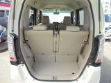 限られた軽自動車のスペースを、うまく使い分けて容量を確保した、ラゲッジルーム!!