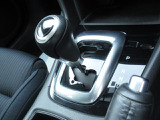 2000cc6速AT搭載です。小気味良い加速感とダイレクト感のあるアクセルフィール・そして低燃費すべてを兼ね備えたマツダのスカイドライブを体感してください!
