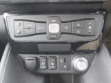 操作性の良いオートエアコンスイッチ&シートヒータースイッチ
