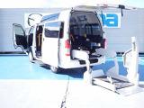 トヨタ レジアスエース 3.0 ウェルキャブ Bタイプ ロング ルーフサイドウインドゥ付 ディーゼル 4WD