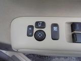 電動格納式ドアミラー装着車!運転席からドアミラーの開閉や、ミラー調整が可能です!!