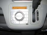 オートエアコンで、温度調節も簡単です!!