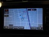 SDメモリーナビ装備。ドライブ・旅行の前日に地図を調べる必要はもうありません。朝、車に乗ってから行先を入力すれば目的地まで音声で案内してくれます。
