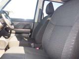 運転席シートは高さ調整機能付き!