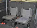 3列目の広さ座りやすさも確保。是非全席に乗って体感して下さい!