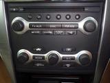 ボタンひとつで社内を快適空間へ♪オートエアコン付きです。