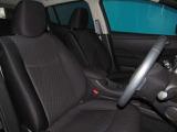 運転席は座り心地が良く長距離運転していただいても快適です♪
