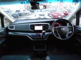 左右独立エアコン☆運転席と助手席で別々の温度設定ができ快適です☆