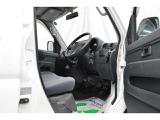 オイル・タイヤ交換などの日常整備などはもちろん、車検対応、事故や故障の修理対応など、様々な場面にてお客様をサポート致します。