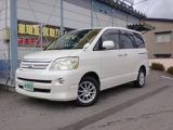 トヨタ ノア 2.0 X リミテッド 4WD