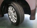 タイヤの残量はご覧の通りです。気になる方はぜひ現車を見にご来店ください!