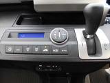 エアコンはフルオートエアコン☆車内を快適に保ちます♪