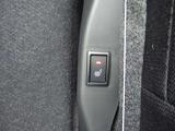運転席助手席シートヒーター!寒い日もエアコンよりも先にシートを電動で温めてくれます!寒い時期に嬉しい装備ですね!