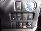 レーンディパーチャーアラート、衝突回避・被害軽減ブレーキ、AUTOライト等の先進技術搭載。使い勝手の良い両側スライドドアは、両側電動式。