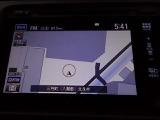 ホンダインターナビシステムになります!リアカメラやフルセグTVも付いています!リンクアップフリー付きなので渋滞状況や天候状況を画面で表示してくれます♪