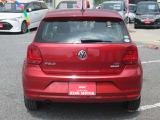 VW独自のコンパクトハッチバック!デザインと実用性を兼ね備えたおなじみのポロ♪とびっきりプライスで登場!お早目のお問い合わせ、スタッフ一同心よりお待ちしております☆