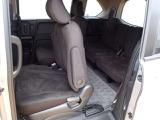 ◆2列目シートも足元ゆったりで快適に座って頂けます。チャイルドシートの取り付けにも対応しております。後部座席にお乗りの方も楽しんでお出かけ出来ます。