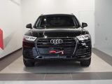 アウディ Q5 ブラック エディション 4WD