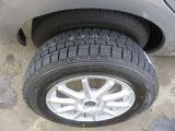 新品冬タイヤ&社外アルミホイール付き!冬の装備が付いていてとってもお得です!