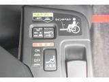 安定した作動で、車いすの方も安心してスムーズに乗り降りを行える電動ウィンチです。