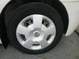 タイヤサイズは185/65R15です