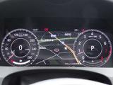 インタラクティブドライバーディスプレイで 多彩な情報・設定をメータで確認できます。