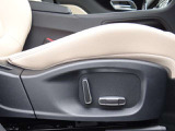微調整が可能なパワーシート お好みのドライブポジションが設定出来ます。