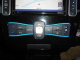 今では当たり前になりつつあるオートエアコン。車内の温度を自動で調整してくれるスグレモノ!一度使えば便利さに病みつきになりますよ!