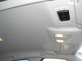 スマートインETCは運転席の天井、バイザー裏にスッキリと格納されています!外から見えない防犯性と、カードの出し入れがし易い利便性を兼ね備えています