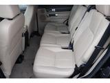2列目シートも広い空間を確保しており、チャイルドシートも3席並べることができます。