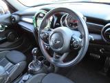 ・丸が基調のデザインで運転も楽しくなります