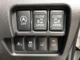 運転席のスイッチからでもスライドドアの開閉ができますよ★衝突被害軽減ブレーキ、踏み間違いも搭載!最近は安全装備も必須ですよね。。安全装備の搭載したお車で安心で楽しいカーライフをお過ごしください♪♪