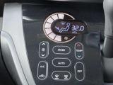 オートエアコンは設定されている温度に風量が自動調整され快適温度が維持できます!とても嬉しい機能です!