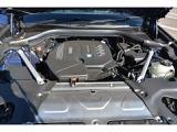 航空機エンジンの会社から始まったBMW社。自動車用エンジンにもそのノウハウが生かされ、今までに数々の名誉ある賞を受賞してきました。シルクのようと例えられる回転フィール、その真髄を是非ご体感下さい。