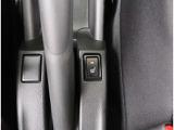 【オートエアコン】1年中快適な室内を提供!車内温度を設定すると、風量を自動で調節してくれます